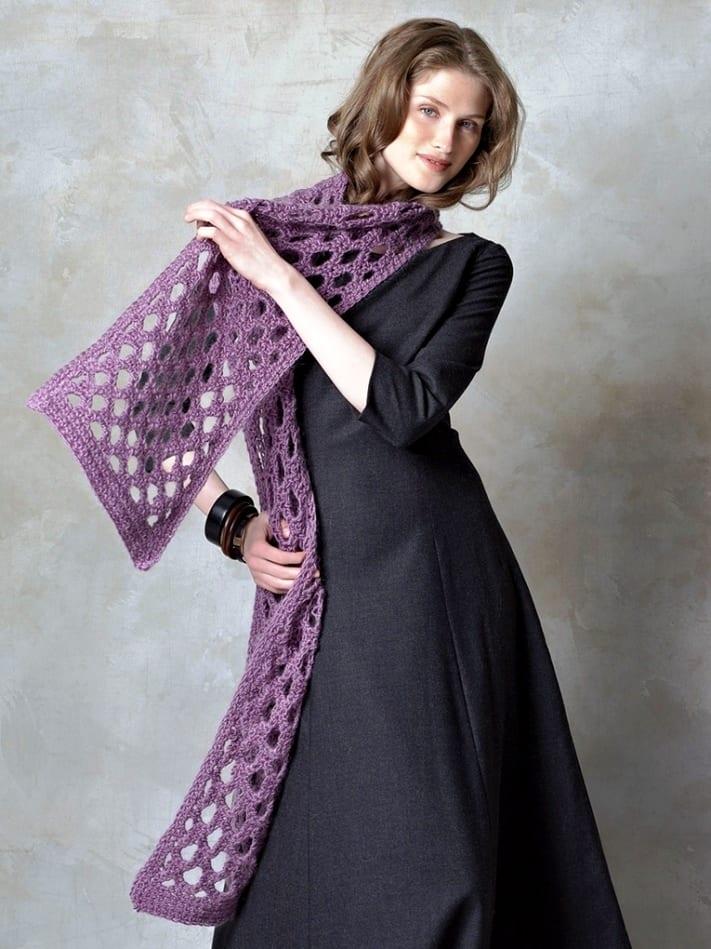 Ажурный шарф крючком и спицами: схемы и описание