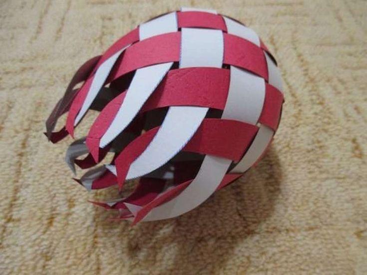 Поделка в школу на тему футбол. объемный футбольный мяч из бумаги. сувенирный мячик из бумаги