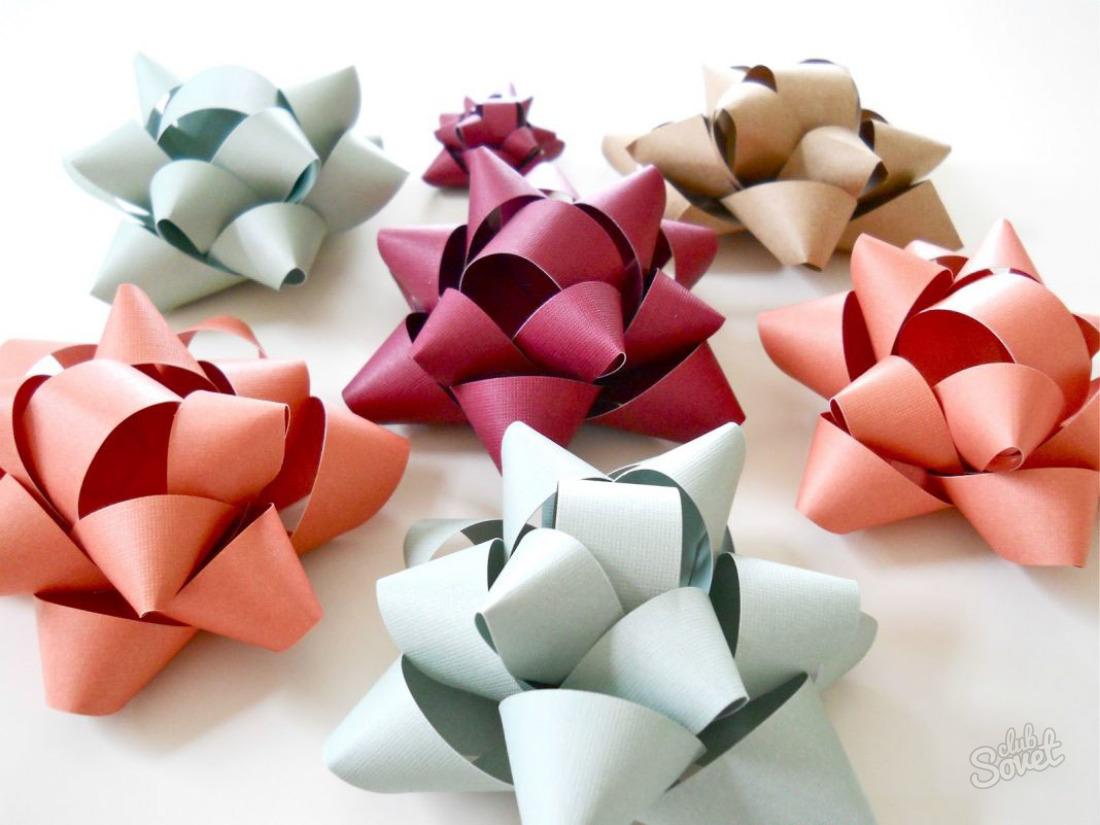 Как сделать бантик из бумаги для оформления подарка