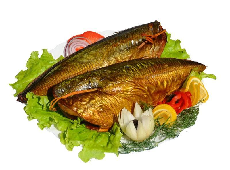 Рыба на тарелке