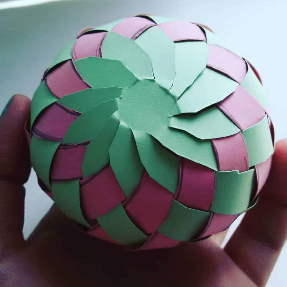 Как сделать шар из бумаги: 3 мастер-класса по изготовлению бумажных шариков с пошаговыми фото и схемой с шаблоном