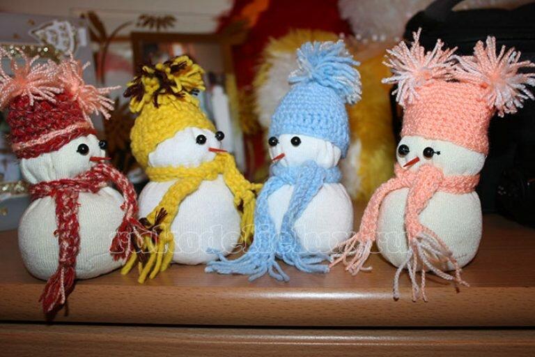 Снеговик своими руками на новый год из подручных материалов