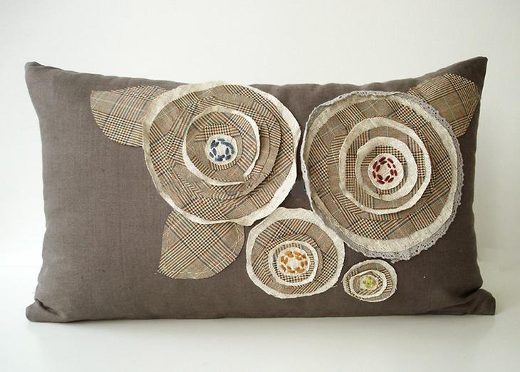 Оригинальные декоративные подушки на диван своими руками: как и из чего сшить и разместить в интерьере