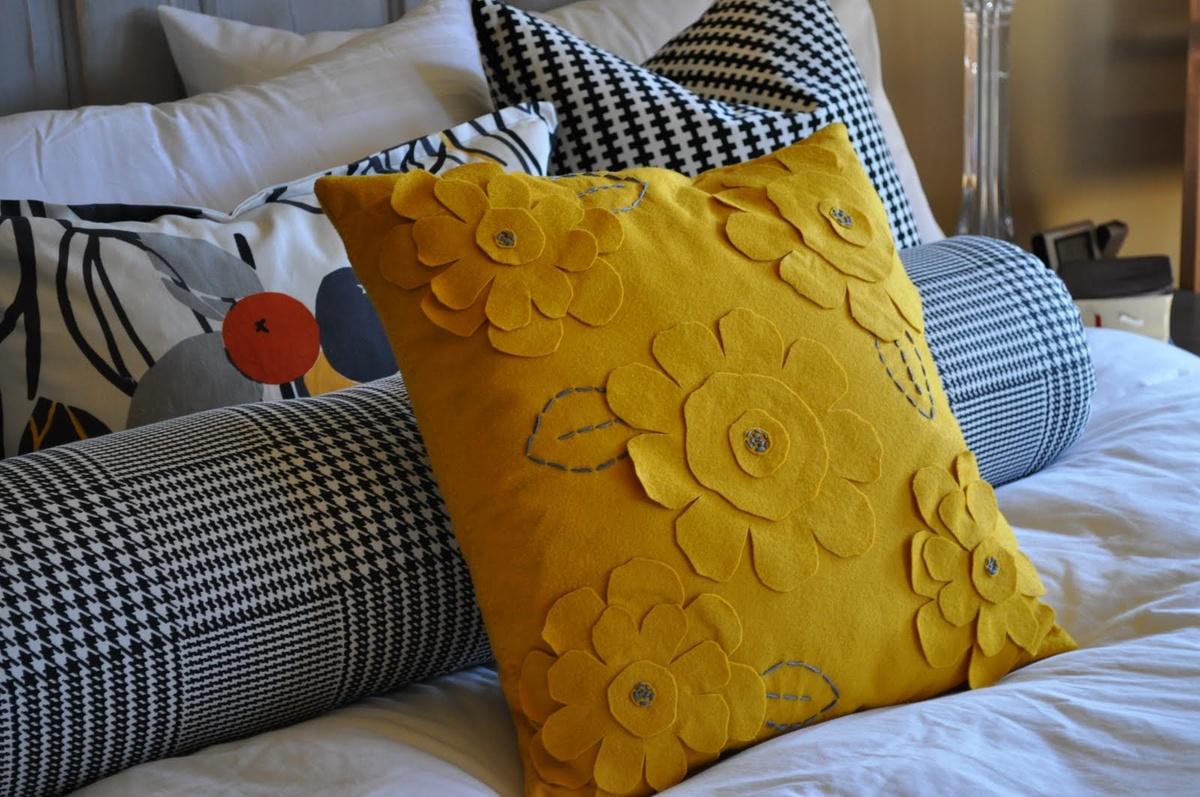 Как сшить диванную подушку своими руками пошагово: выкройки, схемы пошива, идеи оформления