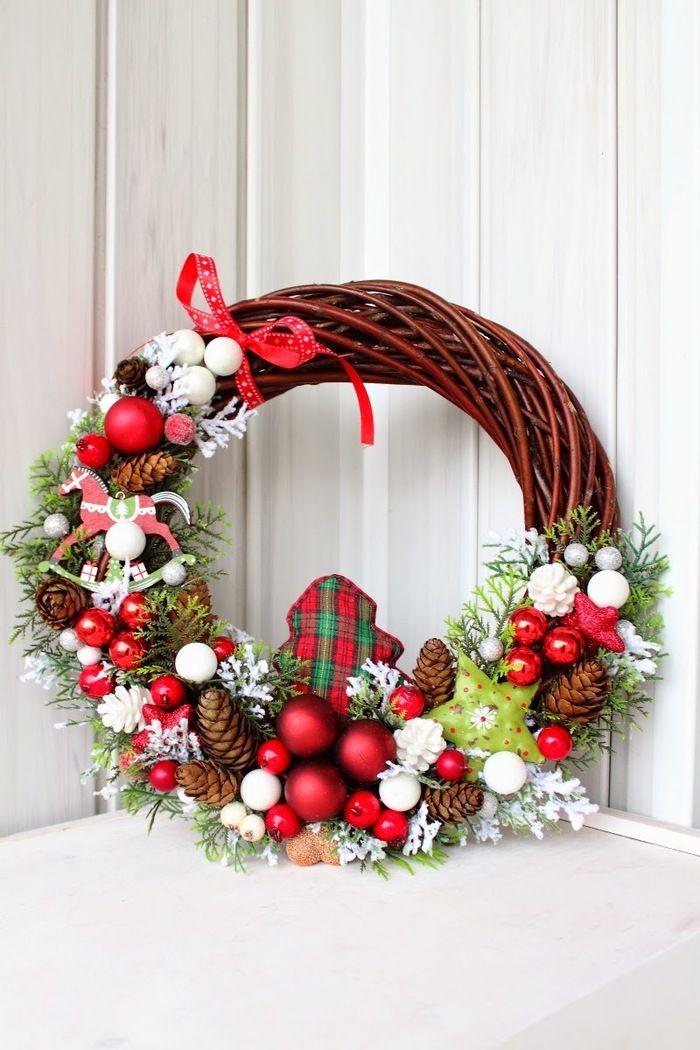 Новогодний венок своими руками - пошаговый мастер-класс создания новогоднего венка на дверь