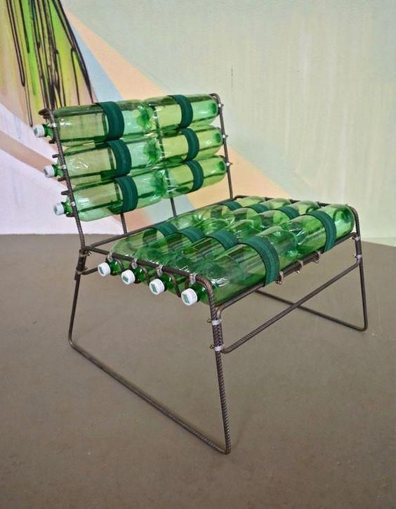 7 различных способов, как сделать мебель из пластиковых бутылок