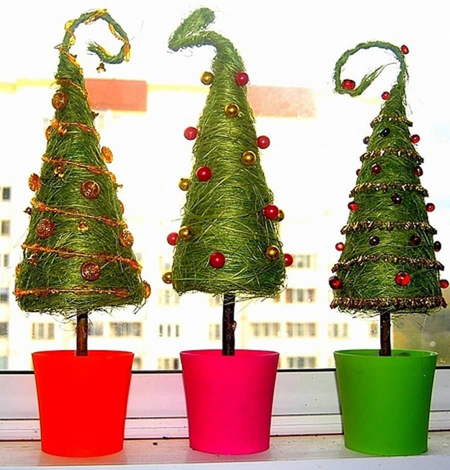 Елки разные важны, елки разные нужны  (елки из атласных лент и капрона.) продолжаю набирать пифочек, добро пожаловать!!!   страна мастеров