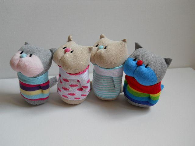 Поделки игрушки из носков ? своими руками для начинающих пошагово
