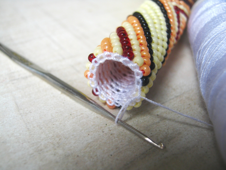Браслет жгут из бисера: работа со схемами и мастер-класс по плетению радужного жгута