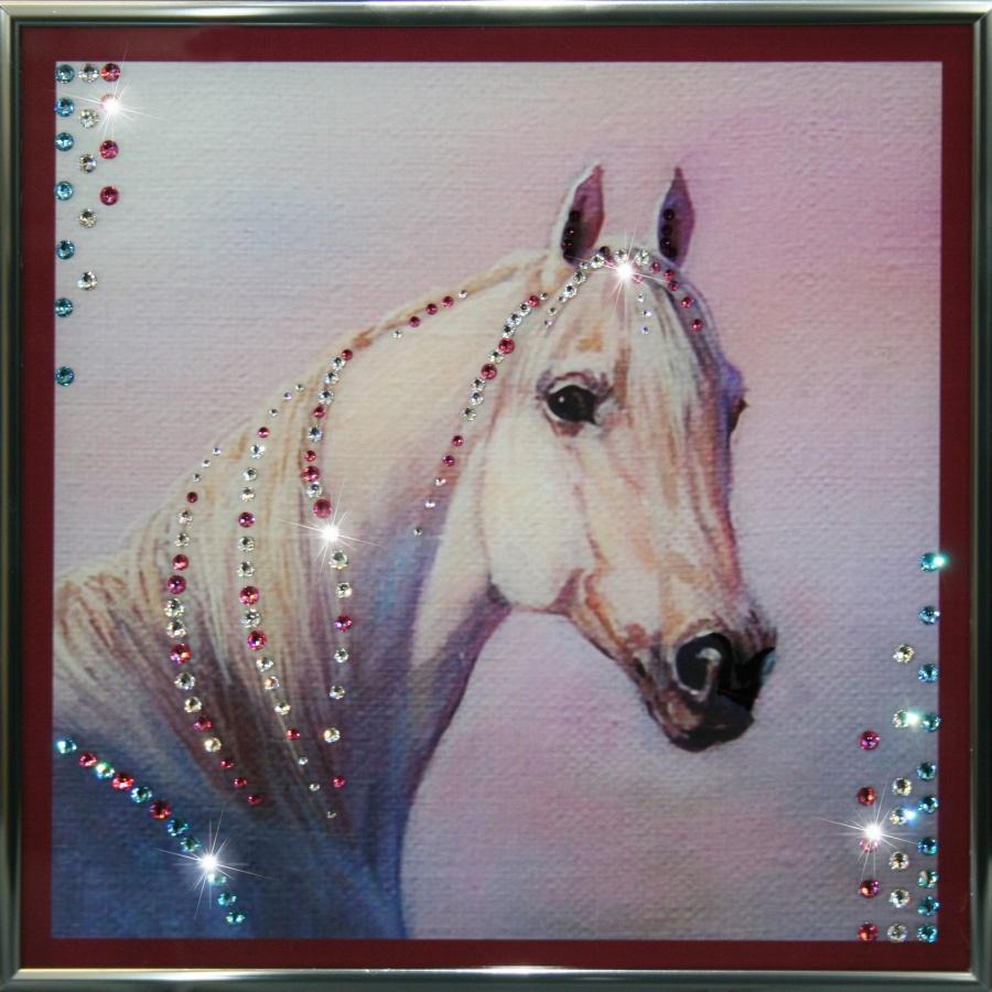 Украшаем одежду изображением коня