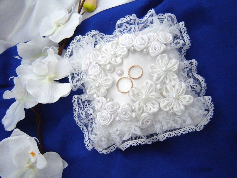 Подушечка для колец своими руками ? как сшить подушку для свадебных колец