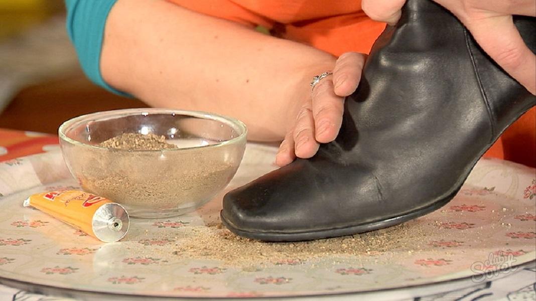 Что сделать, чтобы зимой обувь не скользила – проверенные советы