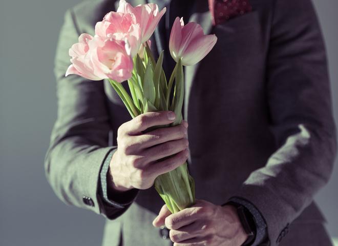 Поздравления с 8 марта женщинам от мужчин - лучшие пожелания