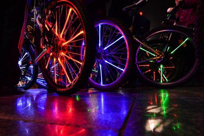 Подсветка на колеса велосипеда своими руками
