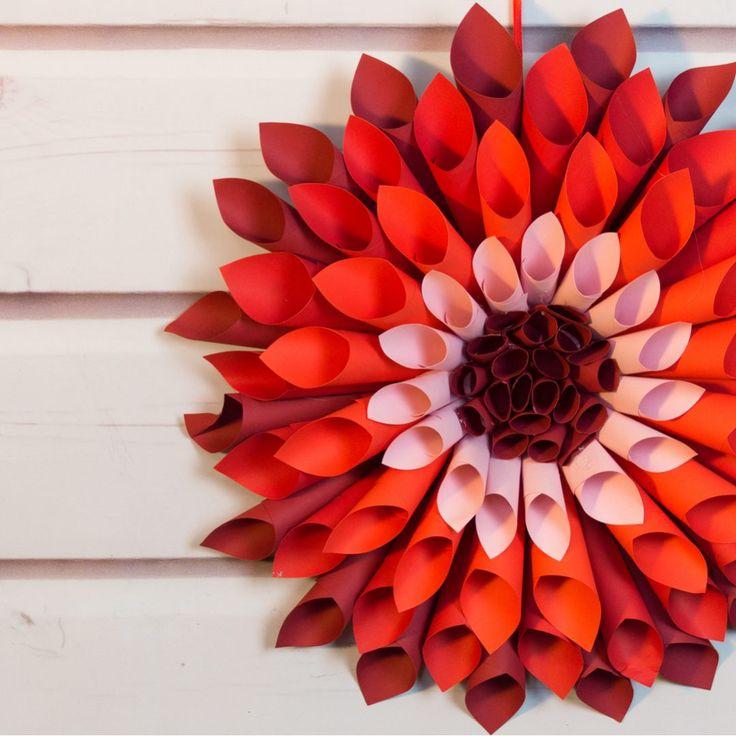 Цветок георгин из гофрированной бумаги: инструкции как сделать