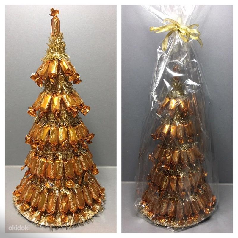 Сладкие елочки из конфет на новый год – шикарное украшение праздничного стола