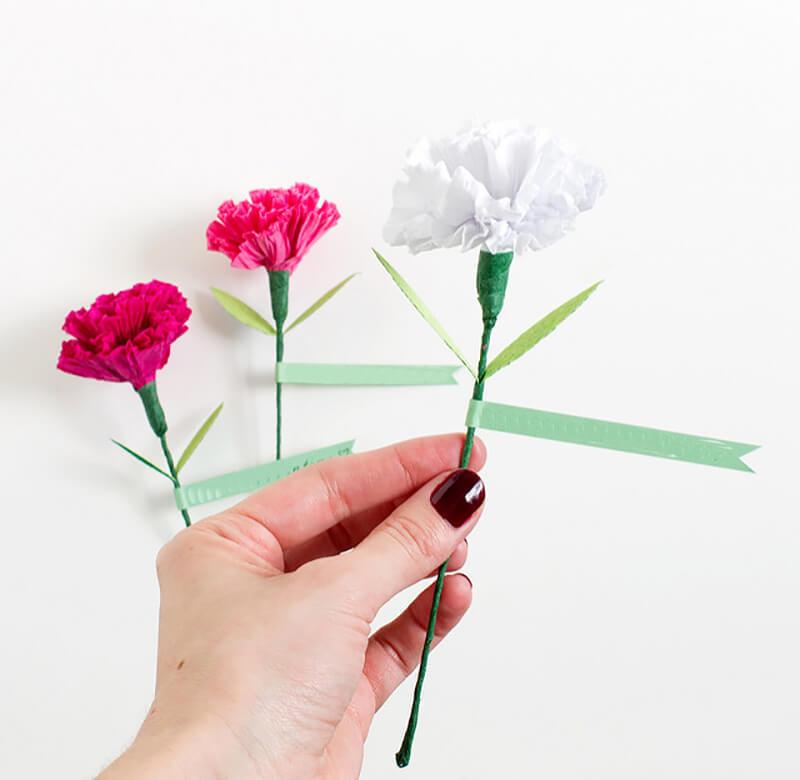 Гвоздика из бумаги своими руками для детей (схемы и шаблоны)