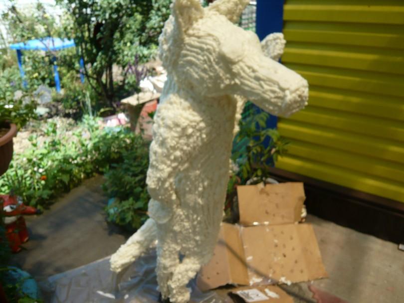 Садовые фигуры из монтажной пены своими руками - мастер-класс, пошаговое фото