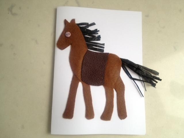 Символ лошади по феншуй: значение статуэток и картин, расположение в доме