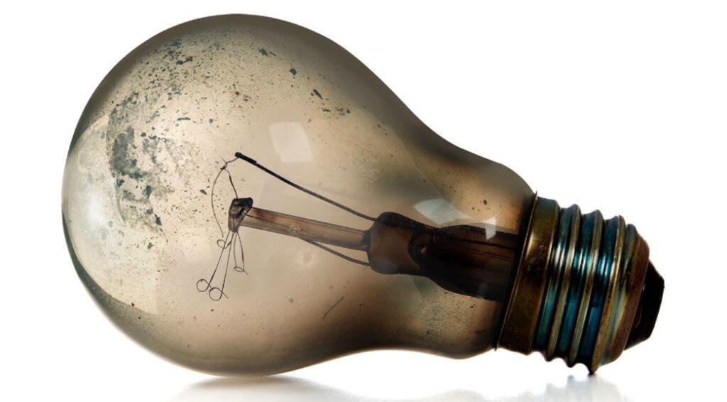Вечная лампа накаливания работает уже 113 лет | альтерсинтез