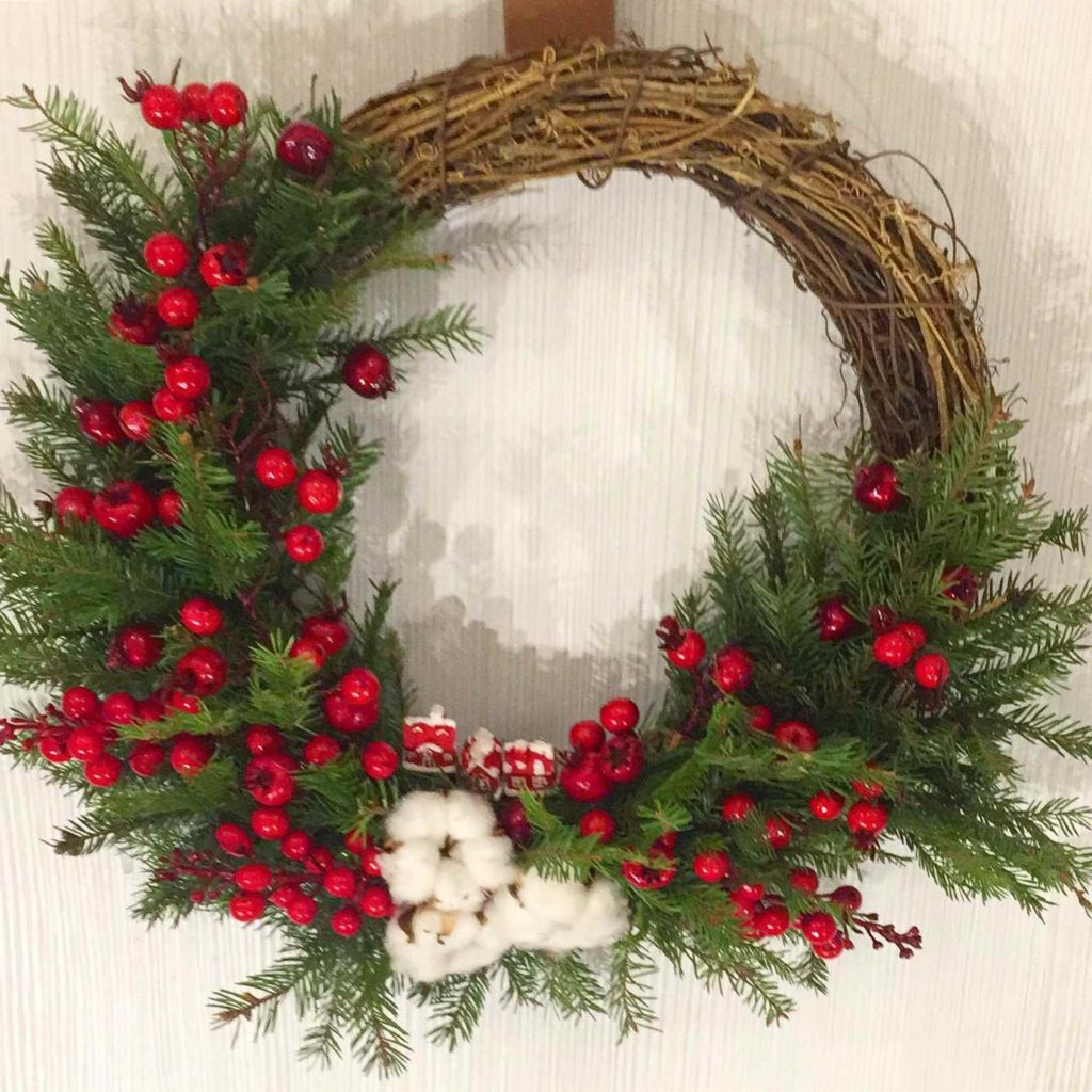 Красивые рождественские венки своими руками из веток, прутьев, палочек, лозы