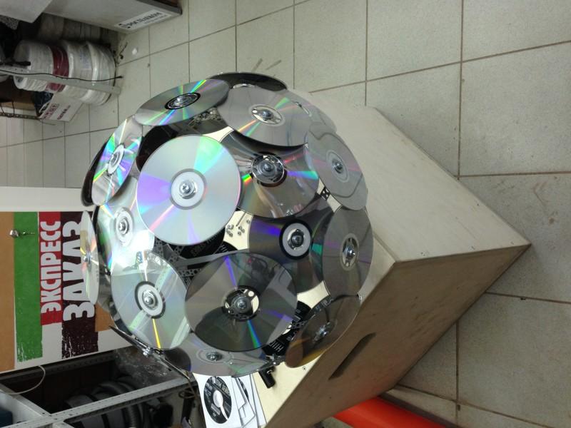 Шарик из диска. как сделать шар из дисков cd, мастер класс своими руками. инструменты и материалы