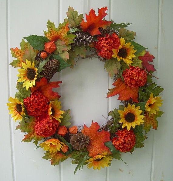 Осенние венки из листьев. декоративный осенний венок венок из листьев своими руками