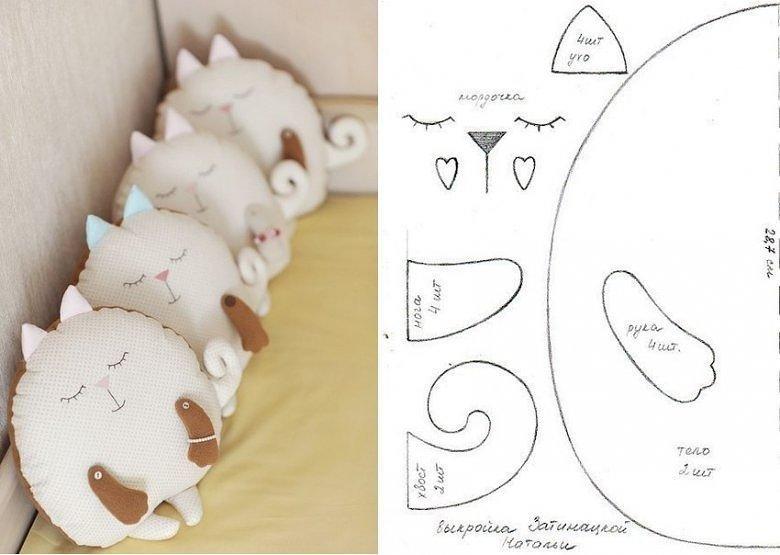 Кот – подушка