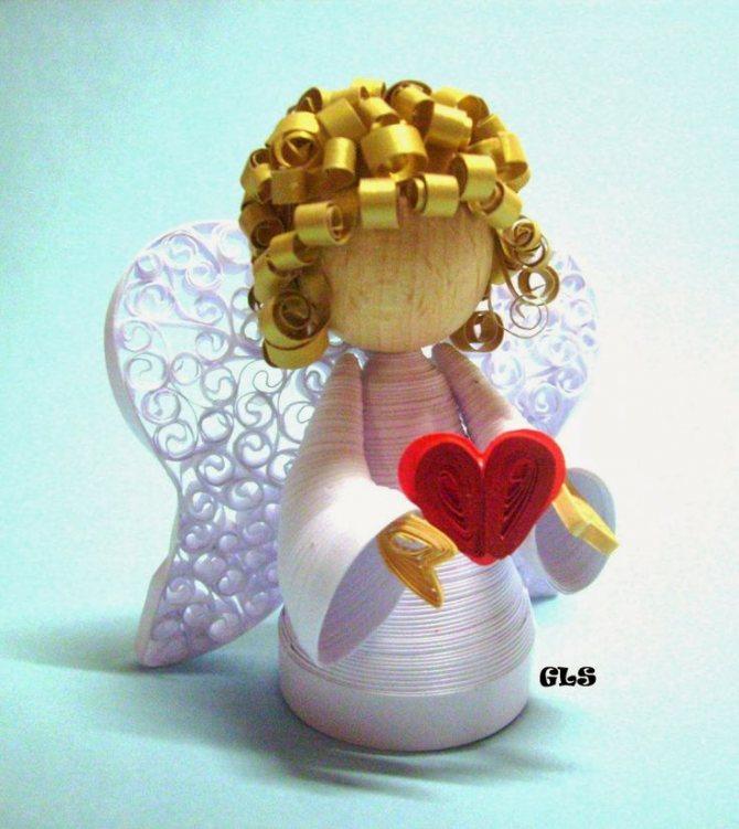 Ангелочек из ниток. ангелок в шаре из нитей