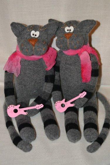Что сделать из носков своими руками. котенок из носков своими руками. мастер-класс