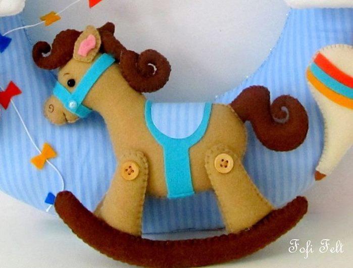 Игрушка шитьё лошадки из фетра фетр