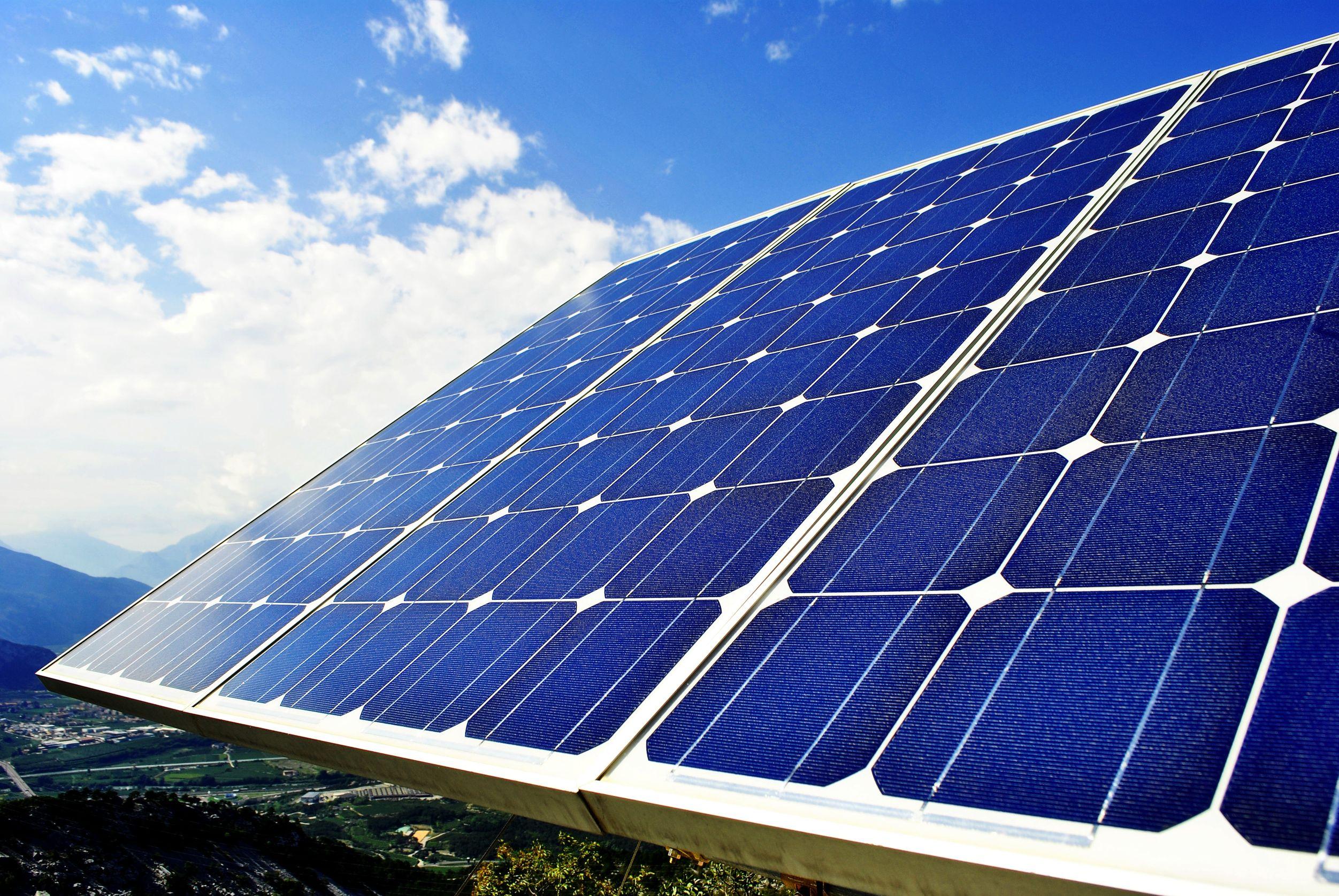 Солнечные батареи для дома: как выбрать, как работают