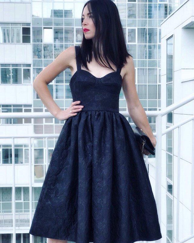 Бижутерия к черному платью